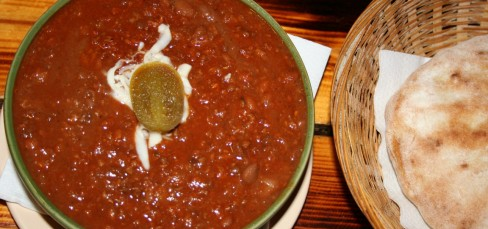 Tex-mex chili con carne (inc. Pita bread)